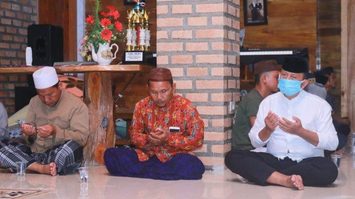 Doakan Kesembuhan Ibnu Saleh, Korari Suwondo Gelar Pengajian Bersama