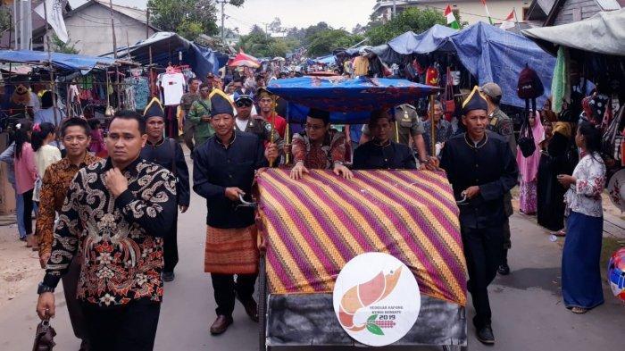 Bupati Markus: Pesta Adat Sedekah Kapong Kundi Bersatu Bisa Menjadi Atraksi Wisata