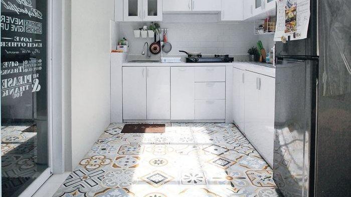 Mudah Diterapkan, Ini Cara Tepat Membersihkan Lantai Keramik Rumah