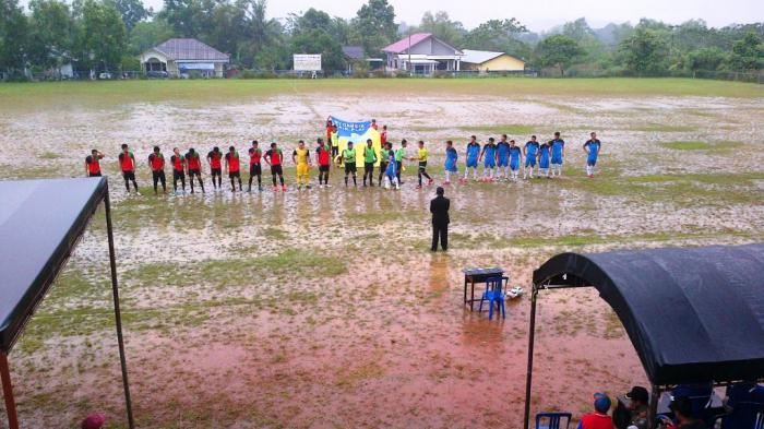 Pertandingan PS Beltim Lawan Belitung FC Berakhir Ricuh
