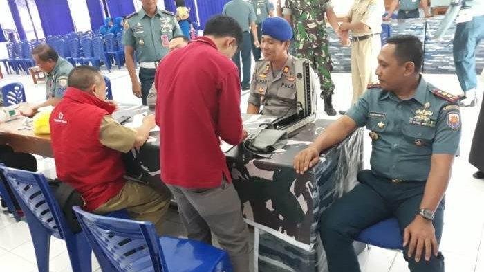 Polri Donor Darah di Mako Lanal Belinyu dalam Rangka Hari Armada