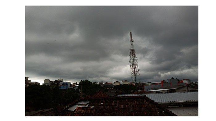 Peringatan Dini Cuaca Sabtu 31 Oktober 2020: Sejumlah Provinsi Hujan dan Petir, Bangka Belitung?