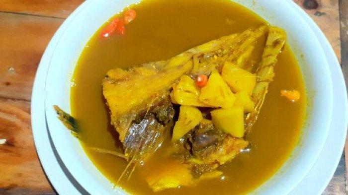 Yuk Mampir, Nikmatnya Menyantap Ikan Bakar Tabok dan Iga Bakar di Warung Mang Bewok - lempah-k.jpg