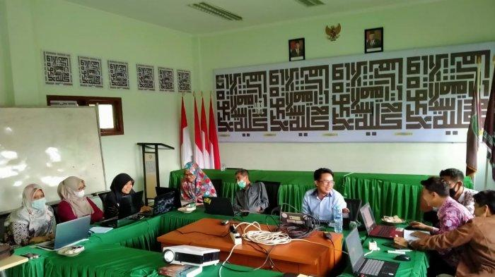 Pelatihan Pengelolaan Online Journal System (OJS) Prodi Jurnalistik Islam Tahun 2021