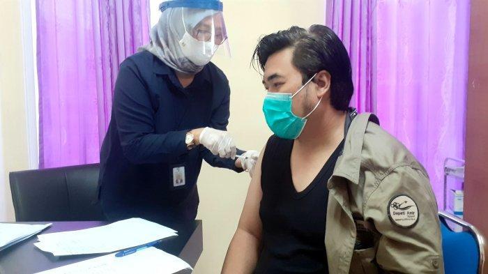 Ratusan Pegawai AP II Disuntik Vaksin, Beri Keyakinan Pengguna Jasa Bandara Depati Amir