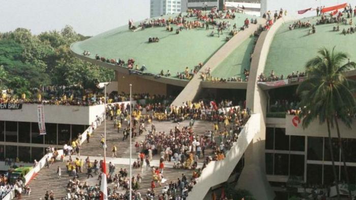 Peserta Aksi 212 Menginap di Gedung DPR Jika Ahok Tidak Diberhentikan