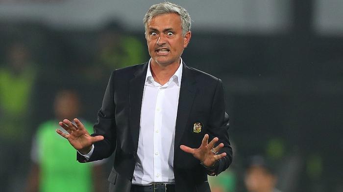 Manchester United Kalah Lagi, Jose Mourinho Ngamuk Salahkan Wasit