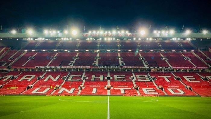 Berbeda dengan Liverpool dan Tottenham, Ini yang Dilakukan Manchester United ke 900 Stafnya