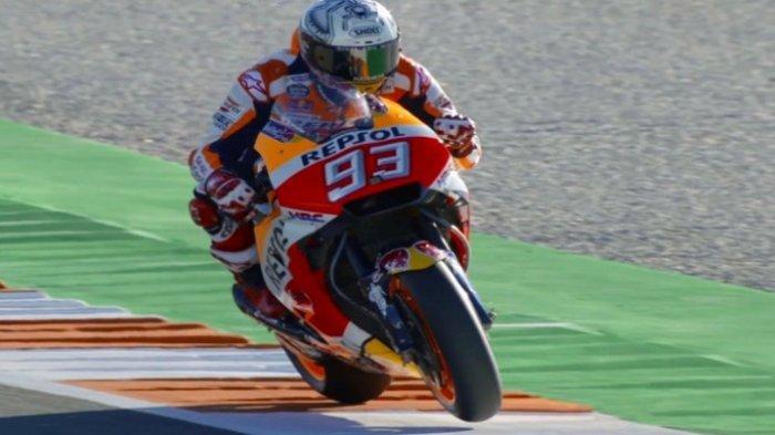 Senggol Valentino Rossi Hingga Terjatuh, Marc Marquez Ditolak Kru saat Ingin Minta Maaf