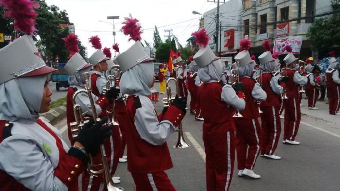 Marching Band STKIP Juarai Lomba HUT RI ke 71
