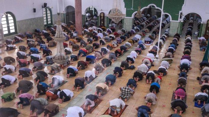 PANDUAN Bacaan Doa dan Dzikir Sesudah Shalat 5 Waktu, Isya, Subuh, Zuhur, Ashar dan Magrib