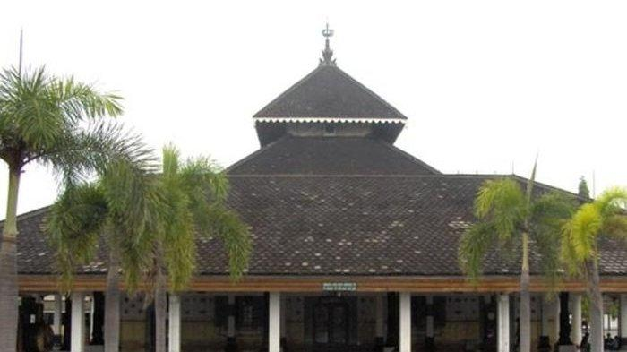 Masjid-masjid Tertua di Indonesia,  Masjid Saka Tunggal Banyumas Sudah 731 Tahun