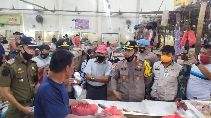 42 Ribu Masker Disebar, Kapolres Bangka Turun ke Pasar Sampaikan Imbauan