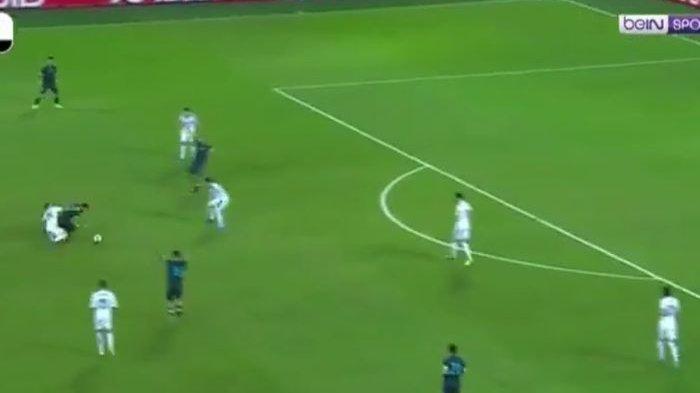 Video Detik-detik Lionel Messi Gocek Pemain Uruguay Dalam Posisi Jatuh