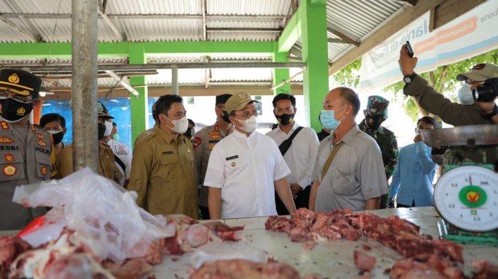 Pastikan Menu Daging Tersaji di Hari Lebaran, Gubernur Erzaldi Laksanakan Operasi Pasar di Muntok