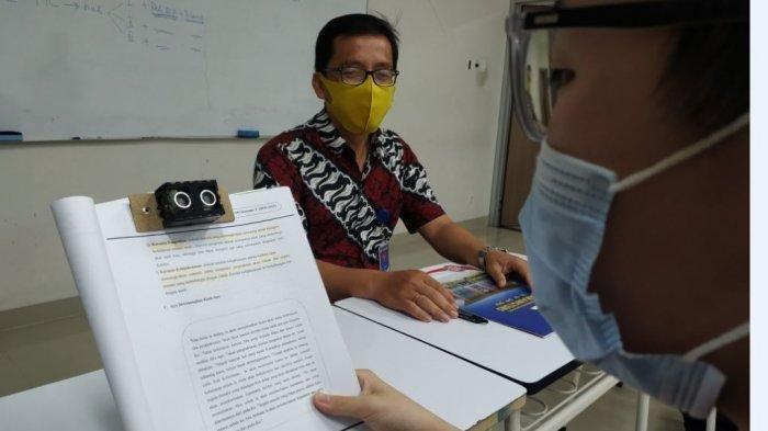 HEBAT, Ciptakan Alat Sensor Baca Siswa SMP Karangturi Semarang Raih Medali Emas di Ajang MYSCE