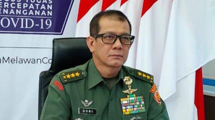 JARANG Terjadi, Kepala BNPB Pakai Seragam TNI Lengkap dengan Brevet Kopassus, Ada Apa?