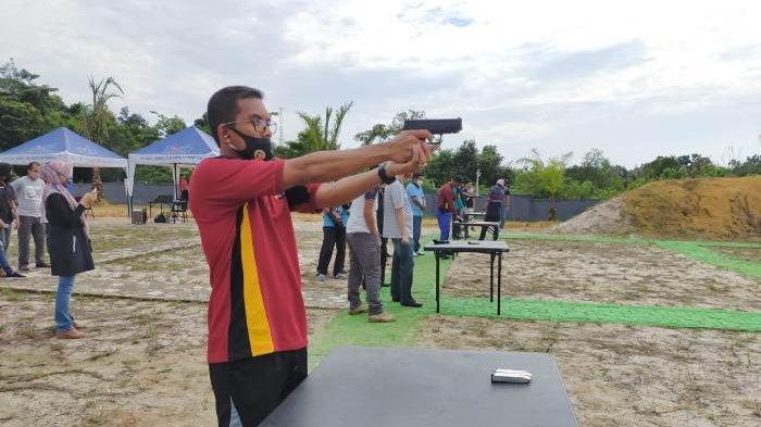 Kapolres Bangka Barat Sebut Latihan Menembak Sebagai Bekal Pengendalian Diri Fokus Mencapai Sasaran
