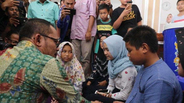 Tahlilan di Rumah Korban Lion Air, Menteri Hanif Ingin Bawa Anak Dolar untuk Disekolahkan