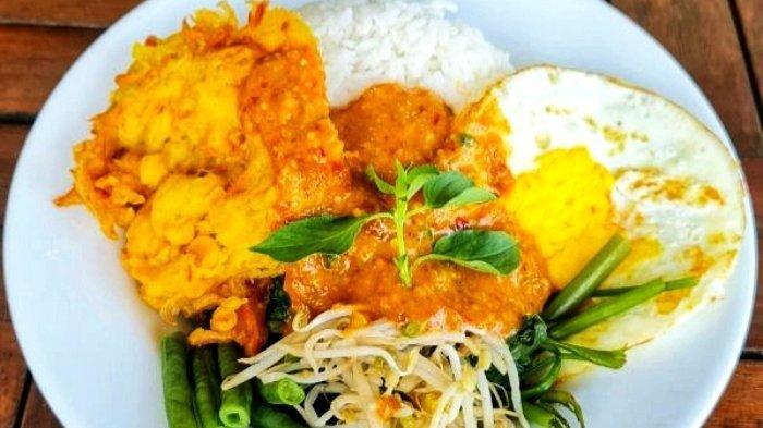 Aneka menu hidangan di Warjo Feat Kondjie Selindung