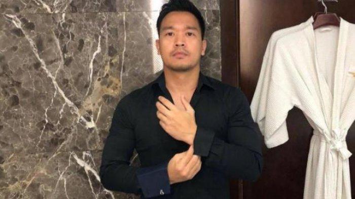 Detik-detik Kedatangan Michael Yukinobu Defretes di Polda Metro Jaya Tak Disadari Wartawan