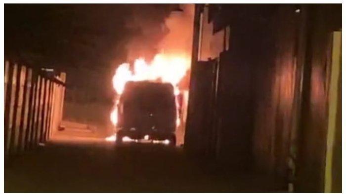 Aksinya Terekam CCTV, Begini Nasib Pembakar Mobil Mewah Milik Via Vallen