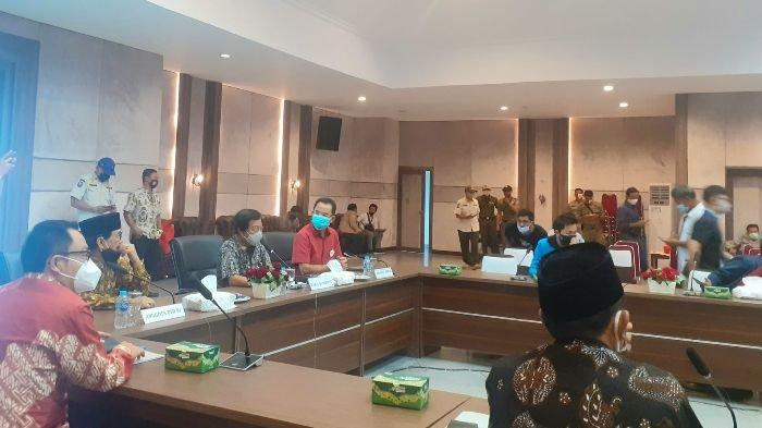 Diskusi UU Cipta Kerja , Koalisi Masyarakat Sipil Lontarkan Mosi Tidak Percaya dengan DPR dan DPD RI