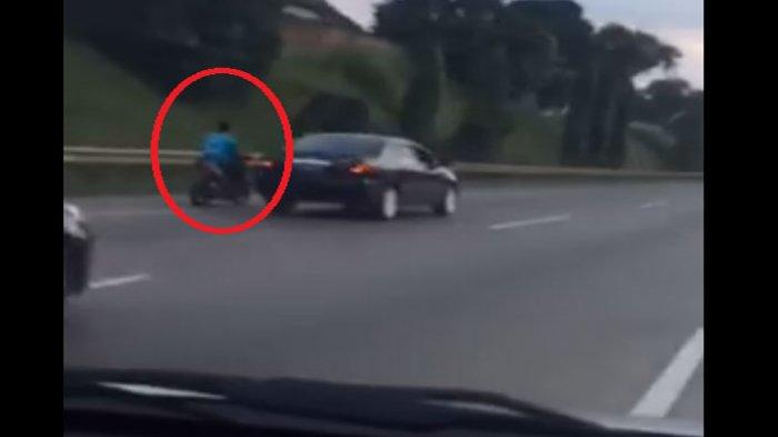 Aksi Motor Nekat Masuk Jalan Tol Dikejar Polisi, Inilah Aksinya Seperti Dalam Film