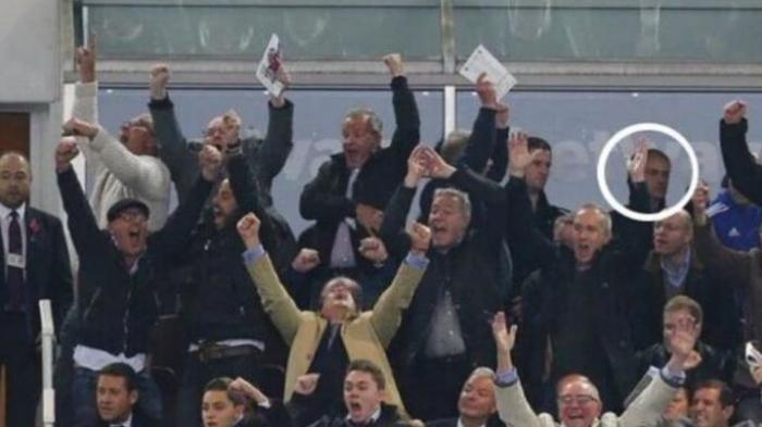Mourinho Merana di Tengah Sorak-sorai Suporter West Ham United