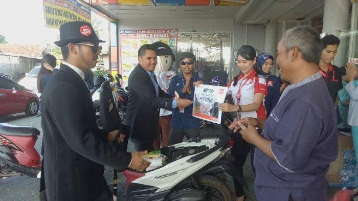 Rajin Perawatan Motor, Abdul Fattah Dapat Uang Kaget Rp 1 Juta dari Honda