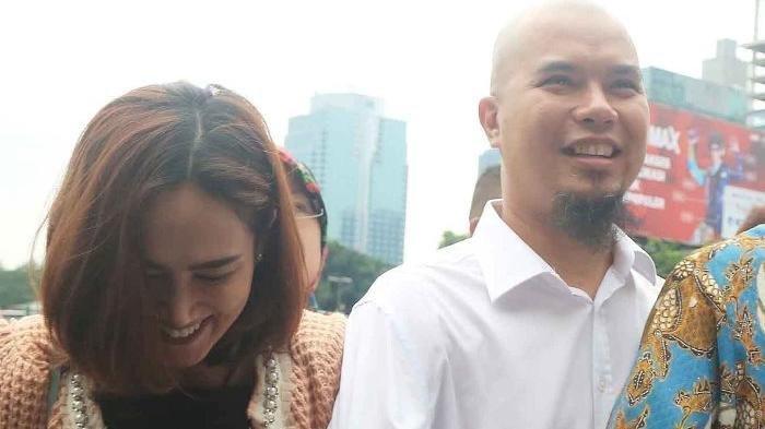 Pipi Mulan Dicolek Seseorang Saat Blusukan Bareng Ahmad Dhani