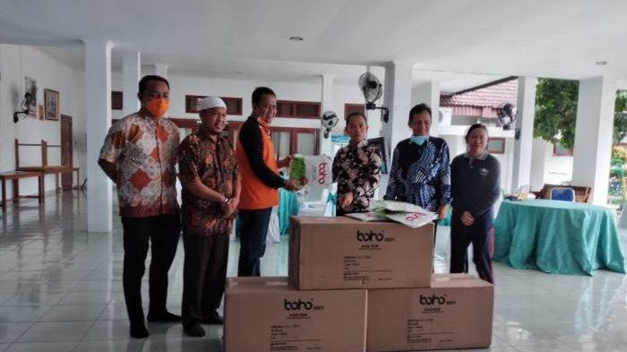 Bupati Bangka Terima 155 Alat Pelindung Diri dari BPBD Bangka Belitung