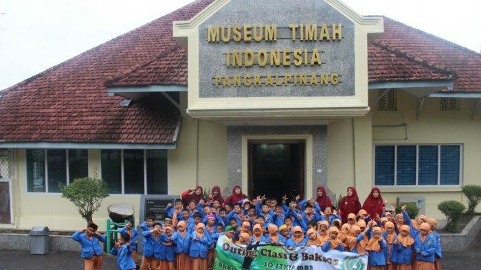 Siswa SD STKIP Muhammadiyah Bersemangat Ikuti Outing Class dan Baksos