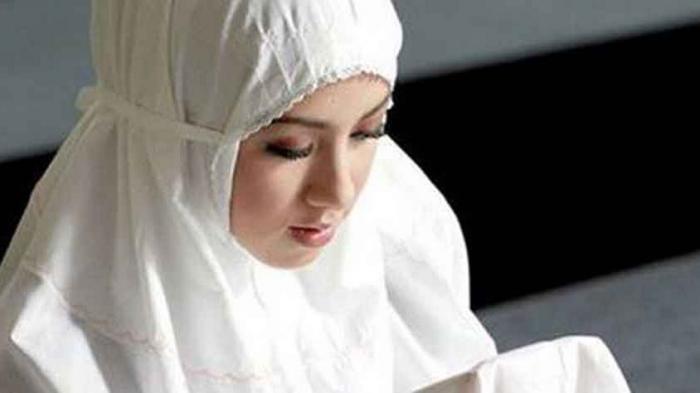 5 Bacaan Doa Terlihat Cantik dan Menarik Setiap Hari, Aura Wajah Terpancar dan Bercahaya