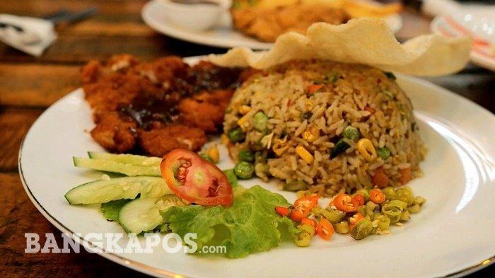 Yuk Nikmati Gurih dan Lezatnya Nasi Goreng Hongkong dan Chicken Steak di Dabelyu Coffe and Resto - nasgor1.jpg