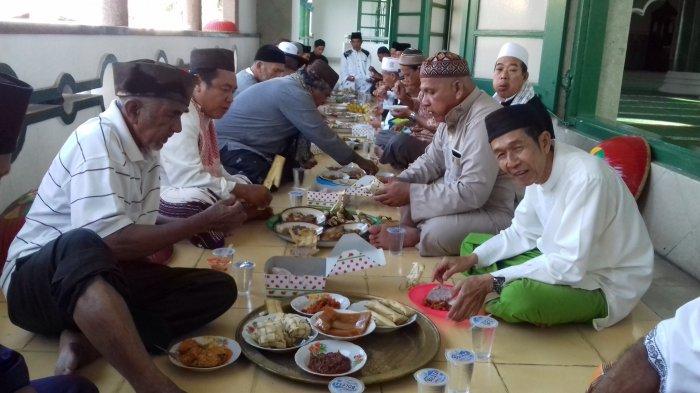 Tradisi Isra Miraj di Indonesia, Rajaban di Cirebon hingga Nganggung di Bangka Belitung