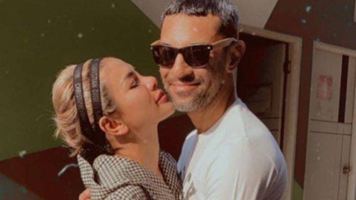 3 Kali Cerai, Nikita Mirzani Pamer Foto Kekasih Baru, Sesumbar Nikah Tahun Depan