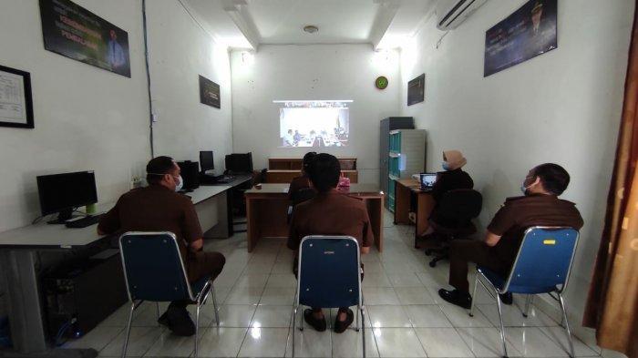 Kejari Bangka Barat mengikuti sosialisasi virtual Result Based/New SPIP  Kejaksaan Republik Indonesia tahun 2021