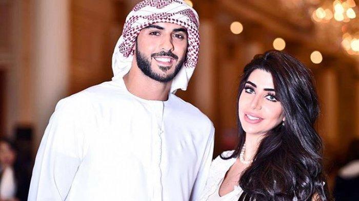 Omar borkan dan istri