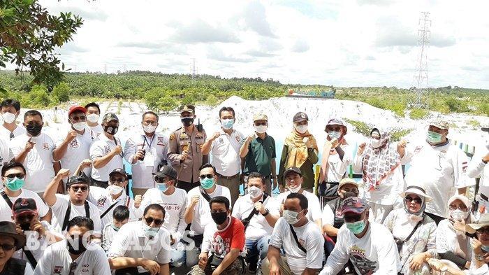 Keindahan Danau Kaolin Bikin Club Pajero Indonesia One Terpesona, Ikoniknya Kolong Biru