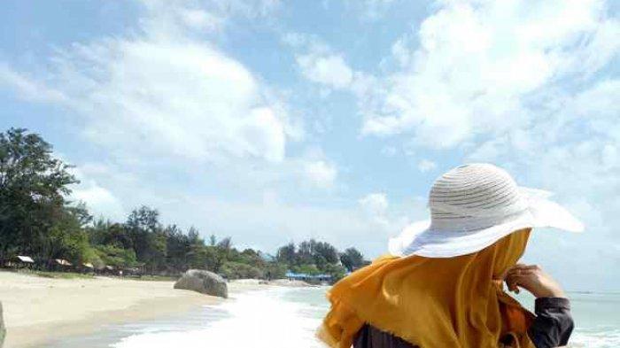 Pantai Tikus Emas
