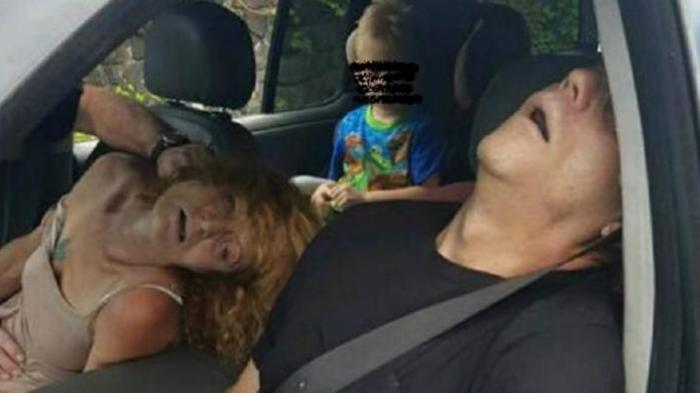 Overdosis, Pasangan Ini Pingsan Dalam Mobil Sambil Bawa  Anak 4 Tahun