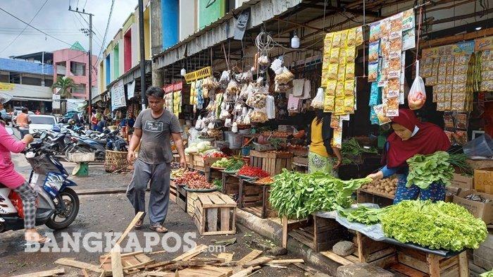 Hamdani Tak Masalah Dagangannya Ditertibkan,Khawatir Pembeli Sepi Tak Bisa Bayar Pajak dan Kontrakan