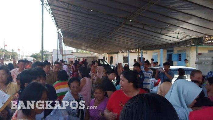 Ingin Buat Kue Keranjang Untuk Imlek, Warga Trubus Borong Beras di Pasar Sembako Murah