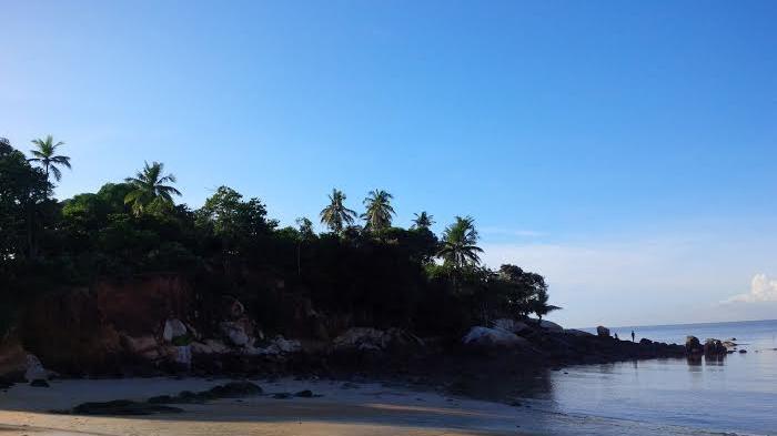 Pantai Pasir Kuning Tempilang, Pasirnya Kuning Bak Hamparan Gabah Padi