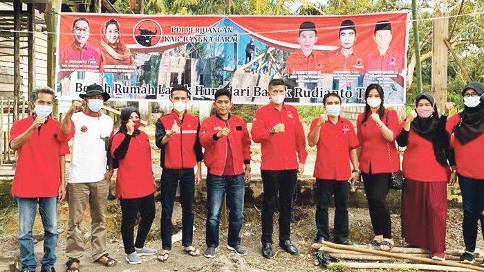 Rudi Center dan PDIP Bangka Barat Kembali Bantu Bedah Rumah Warga Tak Mampu - pdip-2704.jpg