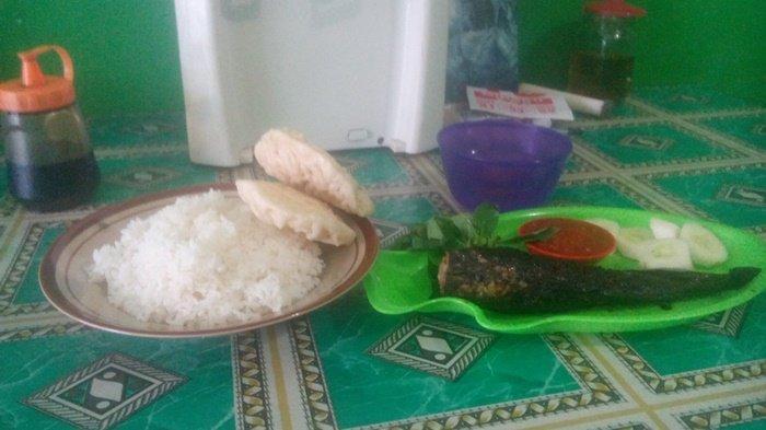 Menikmati Hidangan Pecel Lele Bakar di Waung Mbak Chi