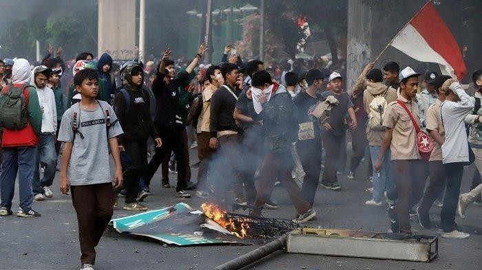 Pelajar STM Demo Hingga Ricuh Serang Aparat, Ditanya Apa Itu RKUHP Malah Bilang Enggak Tau Bang