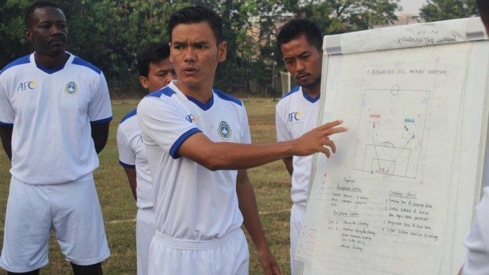 Pemilik Lisensi C AFC, Pelatih Ini Akui Punya Modal Nekat
