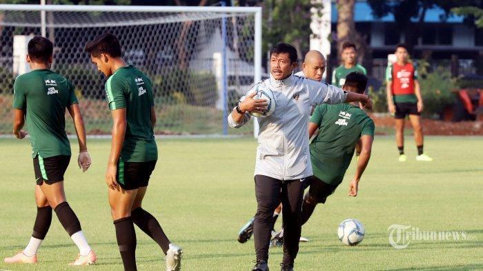 Indra Sjafri Bernazar Bawa Medali Emas ke Makam Orangtuanya Jika Timnas U-22 Indonesia Juara